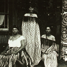 Maori women - Maori history and culture